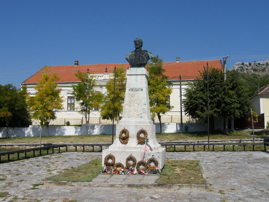 Kossuth-szobor